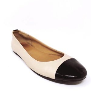 Franco Sarto Woman's Leather Flats Size 6 M B133